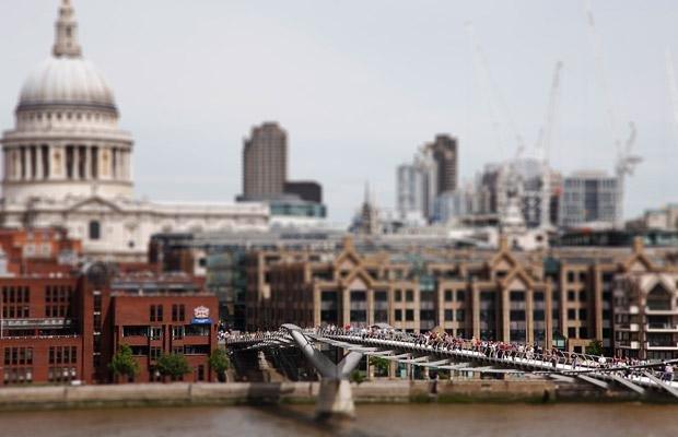 millennium-bridge_1426450i